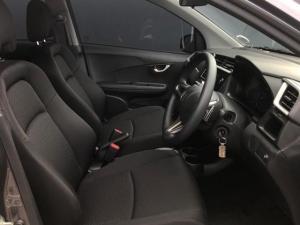 Honda BR-V 1.5 Comfort CVT - Image 18