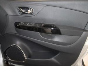 Renault Captur 1.5 dCI Dynamique 5-Door - Image 16