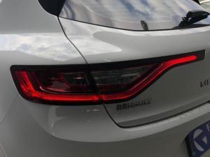 Renault Megane IV 1.2T Dynamique EDC - Image 10