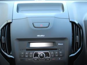 Isuzu D-MAX 250 HO X-RIDER 4X4 D/C - Image 15