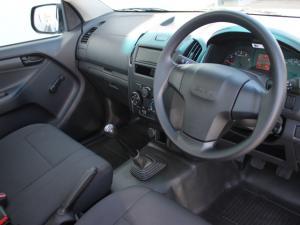 Isuzu D-MAX 250 HO Fleetside S/C - Image 10