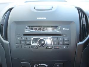 Isuzu D-MAX 250 HO HI-RIDER 4X4 S/C - Image 16