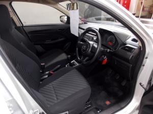Suzuki Swift DZire sedan 1.2 GA - Image 5