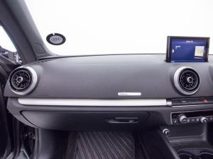 Audi S3 Cabriolet Stronic - Image 12