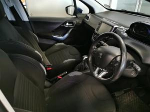 Peugeot 208 5-door 1.6 Allure - Image 6