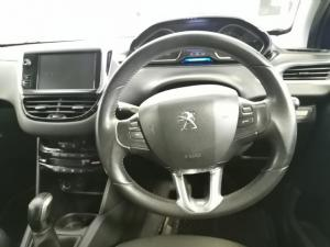 Peugeot 208 5-door 1.6 Allure - Image 8