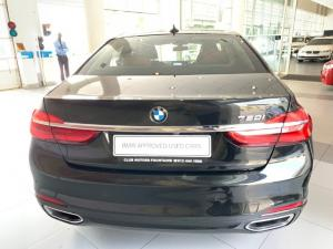 BMW 750i - Image 15