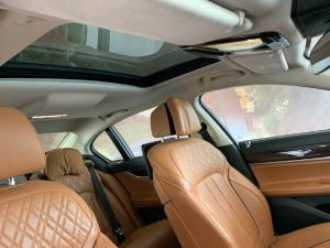 BMW 750i - Image 5