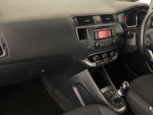 Kia Rio hatch 1.4 - Image 4