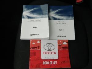 Toyota RAV4 2.0 GX CVT - Image 23