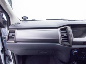 Ford Everest 3.2 Tdci LTD 4X4 automatic - Image 13