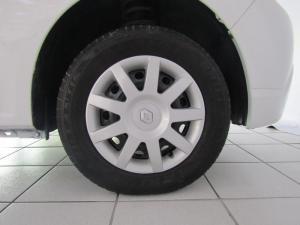 Renault Sandero 1.6 Expression - Image 7