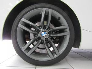 BMW 220i Convert M Sport - Image 10