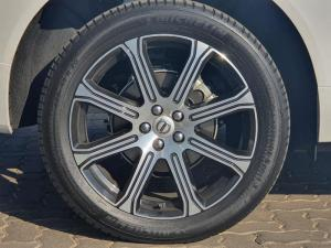 Volvo XC60 D4 Inscription Geartronic AWD - Image 5