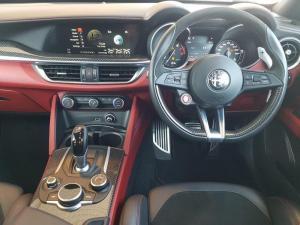 Alfa Romeo Stelvio 2.9T V6 Q - Image 10