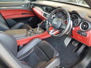 Alfa Romeo Stelvio 2.9T V6 Q - Image 11