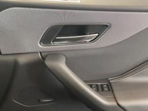 Jaguar F-PACE 5.0 V8 SVR - Image 19
