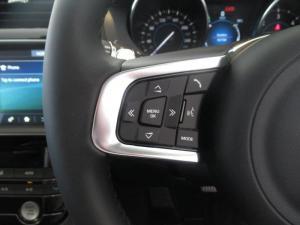Jaguar F-PACE 2.0Di4 AWD Pure - Image 13