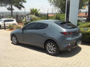 Mazda MAZDA3 1.5 Active 5-Door - Image 3