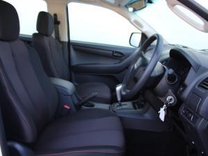 Isuzu D-MAX 250 HO HI-RIDER automatic D/C - Image 4