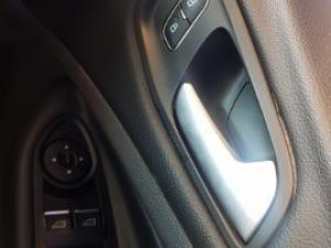 Ford Kuga 2.0 Tdci ST AWD Powershift - Image 16