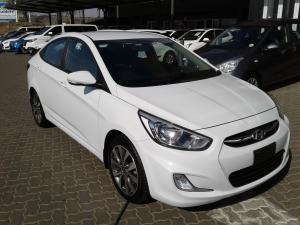 Hyundai Accent sedan 1.6 Glide auto - Image 1