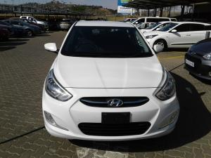 Hyundai Accent sedan 1.6 Glide auto - Image 2