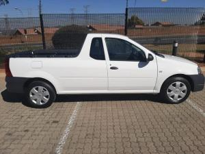 Nissan NP200 1.6 Safety PackS/C - Image 2