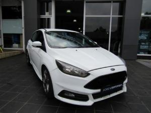 Ford Focus ST 1 - Image 1