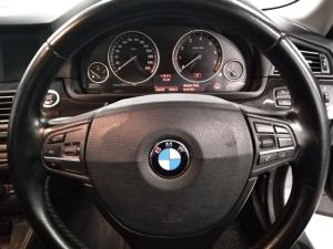 BMW 5 Series 523i - Image 10