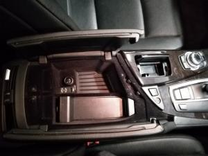 BMW 5 Series 523i - Image 15