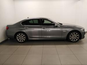 BMW 5 Series 523i - Image 2