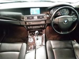 BMW 5 Series 523i - Image 8