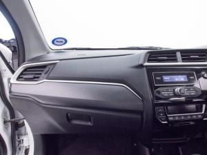 Honda BR-V 1.5 Comfort CVT - Image 13