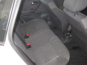 Volkswagen Polo 1.6TDI Comfortline - Image 6