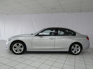 BMW 320i Sport Line automatic - Image 2