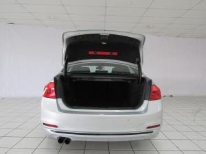 BMW 320i Sport Line automatic - Image 7
