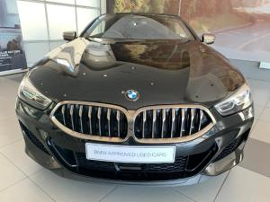 BMW M850i Xdrive Convertible - Image 11
