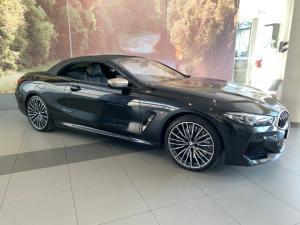 BMW M850i Xdrive Convertible - Image 12