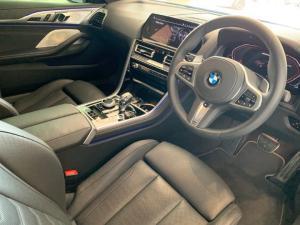 BMW M850i Xdrive Convertible - Image 16