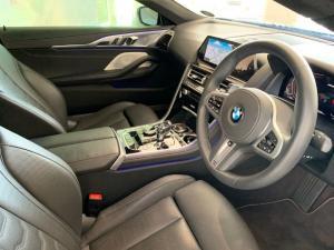 BMW M850i Xdrive Convertible - Image 20