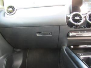 Mercedes-Benz B200 automatic - Image 13