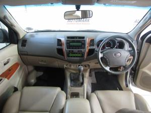 Toyota Fortuner 3.0D-4D Raised Body - Image 14