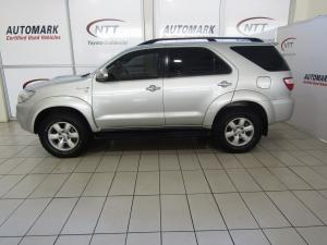 Toyota Fortuner 3.0D-4D Raised Body - Image 3