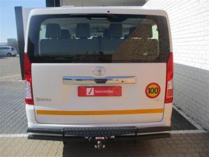Toyota Quantum 2.8 LWB bus 11-seater GL - Image 4