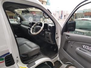 Nissan NV350 Impendulo 2.5i - Image 8