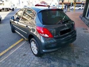 Peugeot 207 1.4 Active - Image 2
