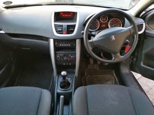 Peugeot 207 1.4 Active - Image 6
