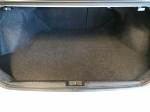 Honda Civic sedan 1.8 LXi - Image 13