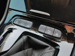 Opel Grandland X 1.6 Turbo Cosmo - Image 14